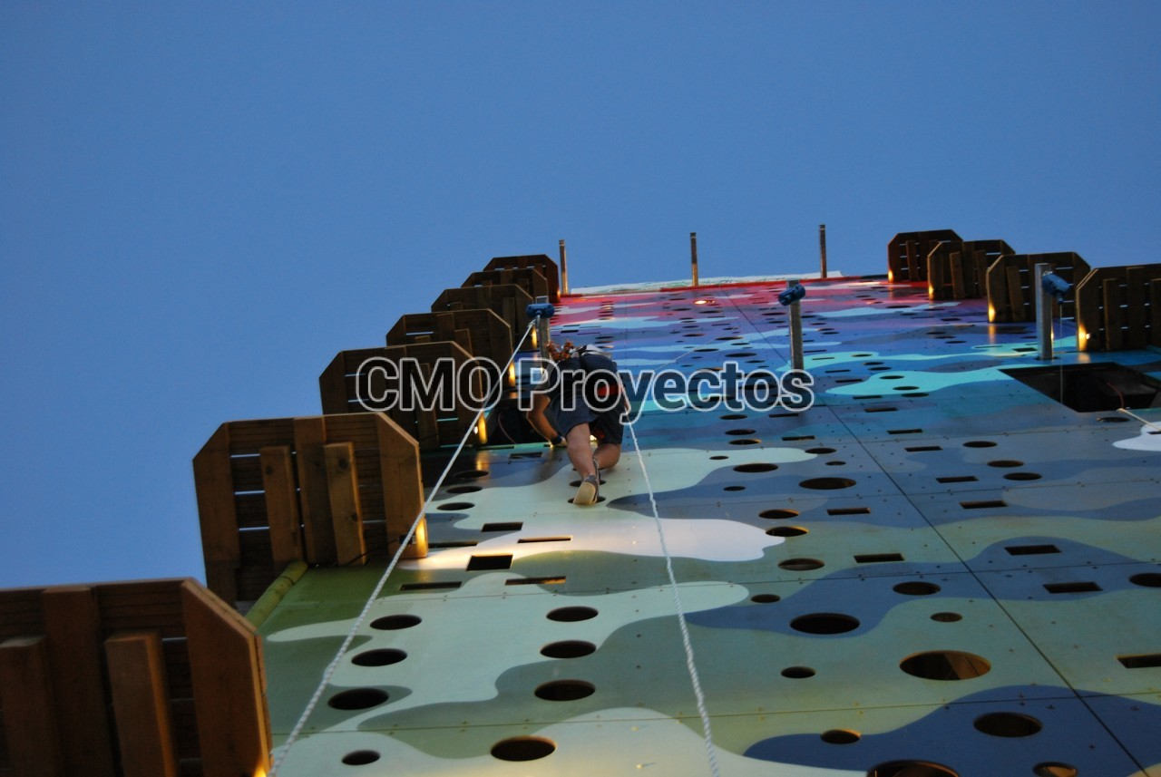 Triaction Tower en Parque Multiaventura CMO Proyectos