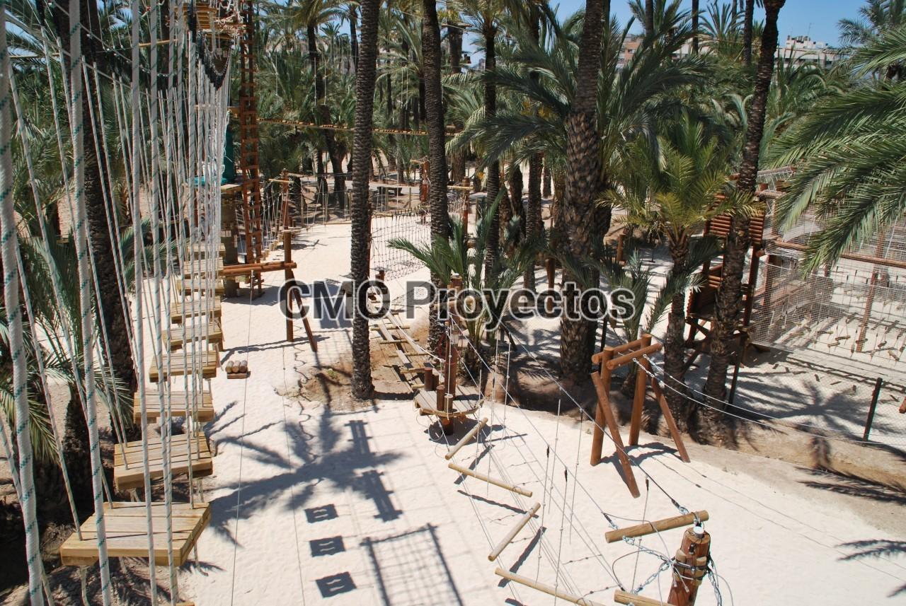 Palmeral Aventuras (Elche) en Parque Multiaventura CMO Proyectos