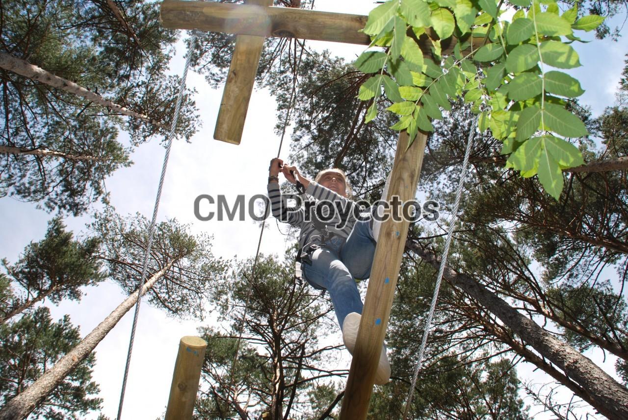 CIRCUITS INFANTILS EN ARBRES en Parque Multiaventura CMO Proyectos