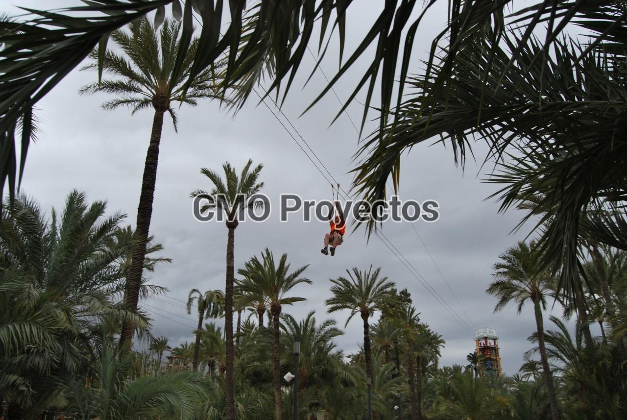 Tirolines dobles gegants en Parque Multiaventura CMO Proyectos